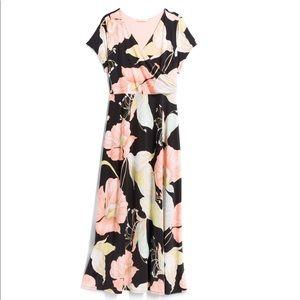 Gilli Cap Sleeve Floral Maxi Dress